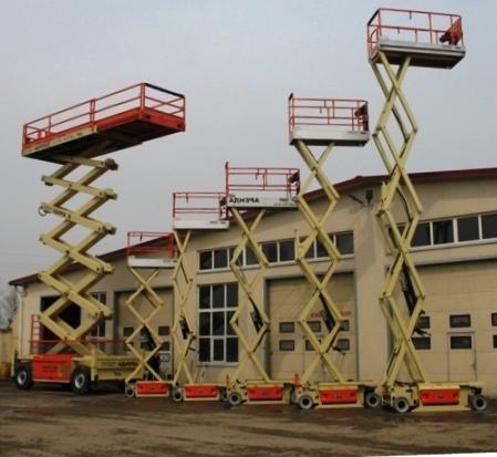 Самоходные строительные подъёмники